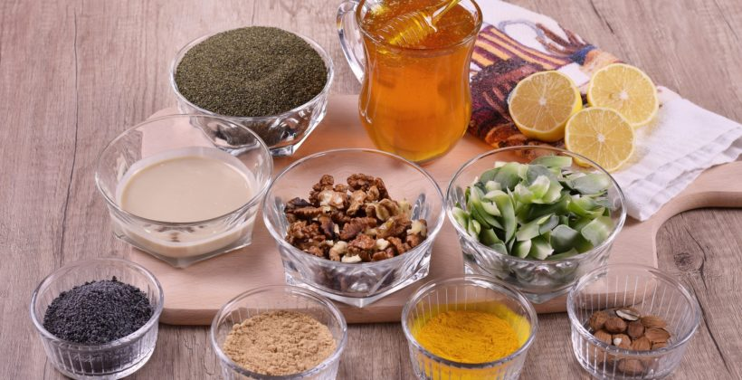 Receptury miodowe wyleczą ból gardła, anginę iuporczywy kaszel!