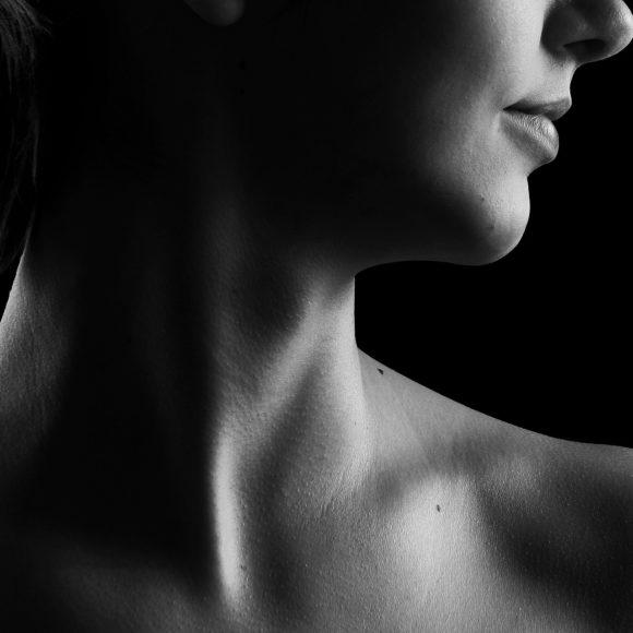 Choroby tarczycy: Hashimoto, niedoczynność, nadczynność – naturalne metody leczenia