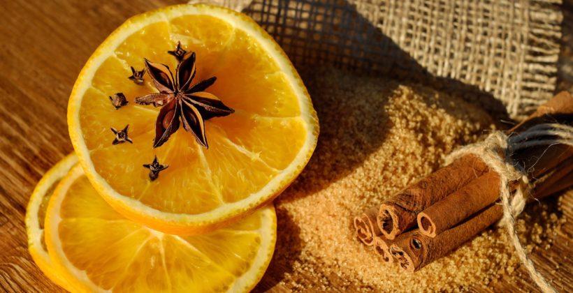 Świąteczne zioła: cynamon igoździki