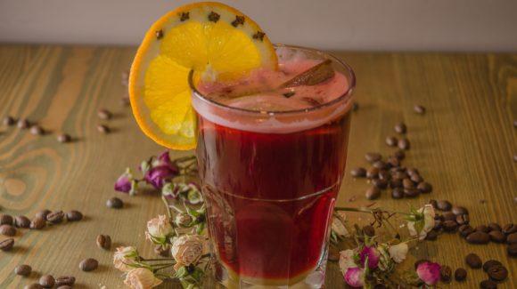 Rozgrzewające napoje iherbaty nazimę (inadeser)